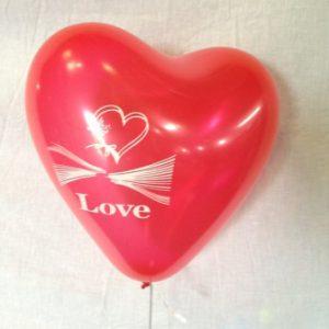 בלון לבבות מודפס LOVE