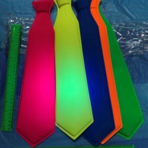 עניבה למסיבות | עניבה זוהרת באולטרה