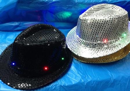 כובע נדלק עם אורות | אביזרים למסיבות