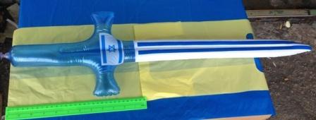 """חרב מתנפחת   גודל כ70 ס""""מ   אביזרים ליום עצמאות"""