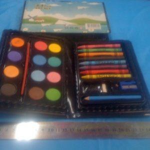 קלמר צבעים 24 חלקים