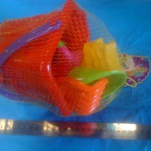 דלי ים מרובע עם מוצרים | דלי לים לילדים