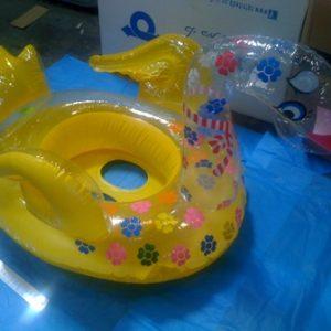 גלגל ים ברבור | מתנפחים לבריכה