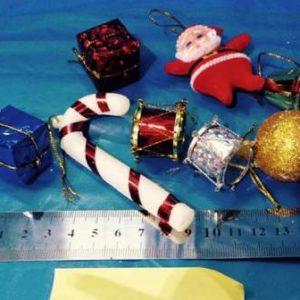 """קישוטים לעץ חג המולד, מארז מעורב 7 י""""ח"""